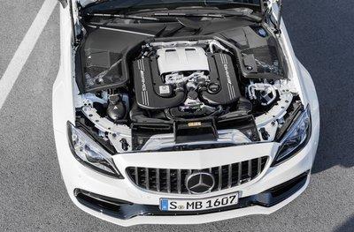 Hệ truyền động Mercedes-AMG C 63.