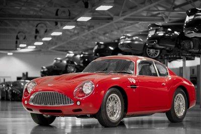 Mê mẩn trước vẻ đẹp của chiếc Aston Martin DB4 GT Zagato 1960 giá 7,9 triệu USD a1
