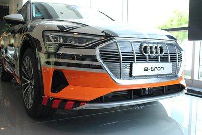 SUV điện Audi E-Tron chính thức cập bến showroom Audi Hồ Chí Minh 3