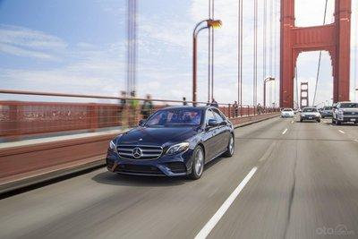 Mercedes-Benz E-Class 2020 Sedan có động cơ mạnh mẽ hơn