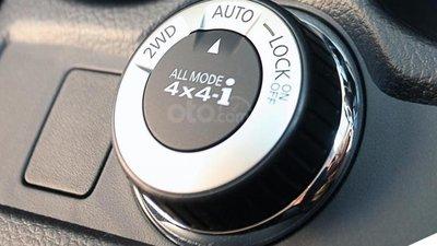 Hệ thống dẫn động 4x4 trên một chiếc SUV.