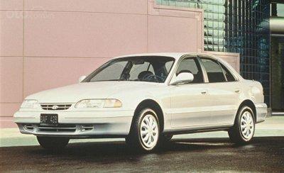Hyundai Sonata thế hệ thứ 3.