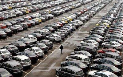 Thị trường ô tô Trung Quốc gặp khó..