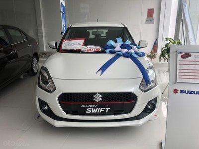 Suzuki Swift giảm giá sốc, xe hạng B rẻ hơn hạng A a1