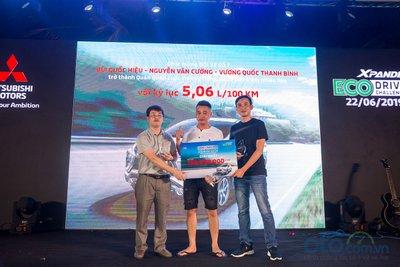 Đội thắng cuộc chỉ tốn có 5,06L/100km khi lái chiếc Mitsubishi Xpander.