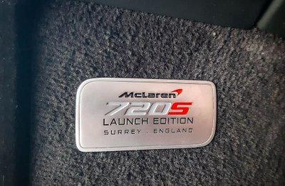 Khoảnh khắc McLaren 720S Launch Edition đầu tiên tại Việt Nam vi vu trên phố a16