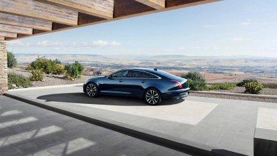 Jaguar XJ 2020 thế hệ mới dù có bản chạy điện nhưng vẫn tiếp tục ra mắt cấu hình động cơ đốt trong