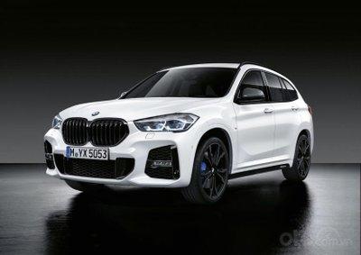 BMW 3-Series Touring góc 3/4 đầu xe