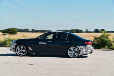 Khoảng 6 năm nữa, thế giới sẽ đón nhận xe điện hiệu năng BMW M a5