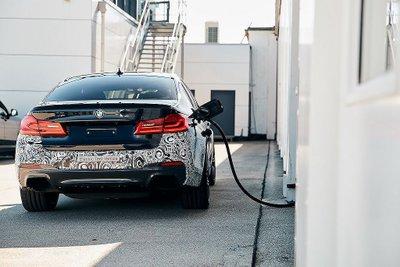 Khoảng 6 năm nữa, thế giới sẽ đón nhận xe điện hiệu năng BMW M a7