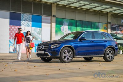 Mercedes-Benz GLC đón chào dấu mốc chiếc xe thứ 8.000 tới tay khách hàng.