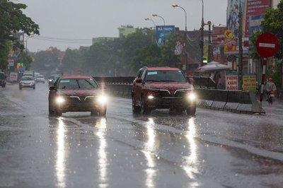 Tháng 7: Dàn xe sang đồng loạt ra mắt, có cả SUV/sedan của VinFast 1a