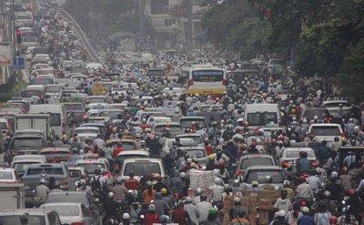 Điều khiển xe ô tô quá niên hạn sử dụng sẽ bị phạt từ 4 - 6 triệu đồng.