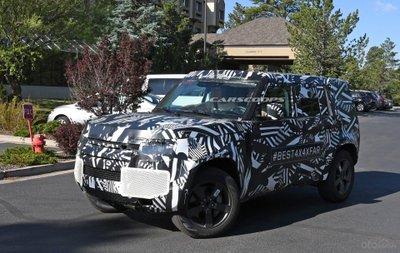 Ảnh chạy thử của Land Rover Defender 2020.