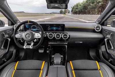 Bộ đôi Mercedes-AMG CLA 45 và A 45 2020 ra mắt tại Goodwood Festival of Speed a9