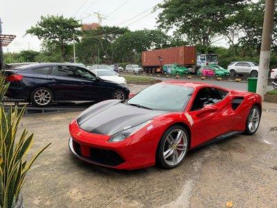 Ferrari 488 GTB được sửa chữa với toàn bộ phụ tùng chính hãng