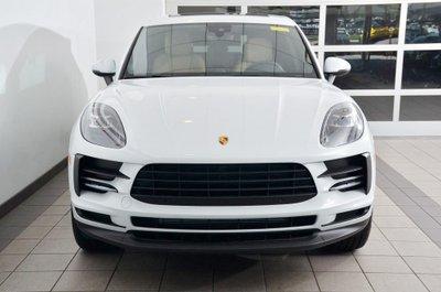 Porsche Macan mới tậu của Thanh Hằng