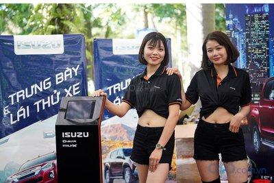 Sáng nay (6/7), Hội chợ Oto.com.vn lớn nhất miền Bắc chính thức khai mạc - Ảnh 3.