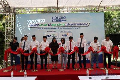 Khai màn Hội chợ Oto.com.vn lần 2