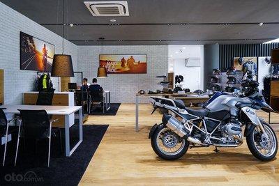 Showroom BMW Motorrad 4