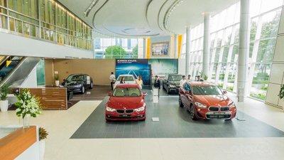 Không gian trưng bày các dòng xe mới nhất của BMW, MINI và BMW Motorrad