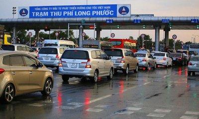 Bộ GTVT đề xuất cấm các phương tiện chưa dán thẻ đi vào các làn thu phí 1a