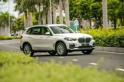 BMW X5 màu trắng phiên bản 2019 tại Việt Nam...