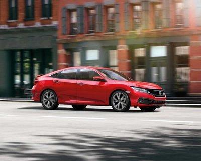 Thông số kỹ thuật xe Honda Civic kèm giá lăn bánh mới nhất 3