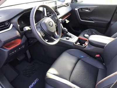 Nội thất Toyota RAV4 2019