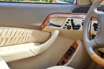 """Mercedes-Benz S-Class 2003 """"đắt"""" ngang Kia Cerato 2019 dù đã tân trang lại a7"""