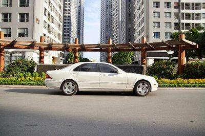 """Mercedes-Benz S-Class 2003 """"đắt"""" ngang Kia Cerato 2019 dù đã tân trang lại a10"""