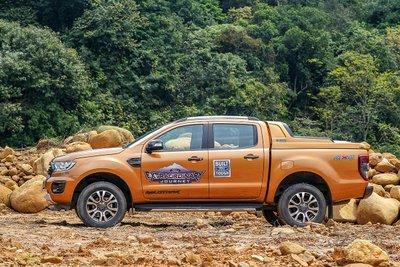 Giá xe bán tải Ford Ranger mới nhất.