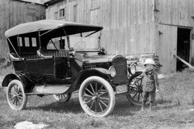 Những chiếc ô tô huyền thoại lừng lẫy nhất mọi thời đại ở Mỹ 2a