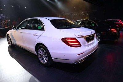 Một số hình ảnh của 3 phiên bảnMercedes-Benz E-Class - Ảnh 2.