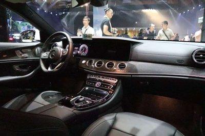 Giá xe Mercedes-Benz E350 AMG 2020 a3