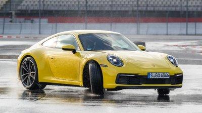 Bắt tại trận Porsche 911 thế hệ thứ 8 đã về đến Việt Nam 3a
