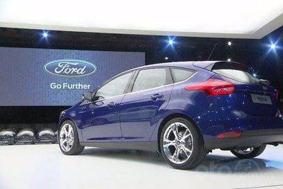 Ford Focus và Ford Focus ST có lỗi về hệ thống nhiên liệu