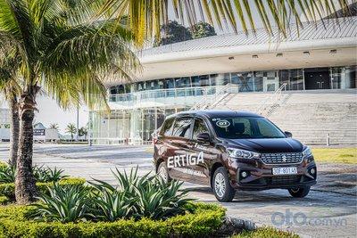 Xe ô tô 7 chỗ giá rẻ tốt nhất hiện nay - Suzuki Ertiga.