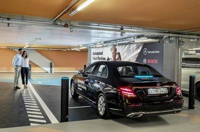 Xe Mercedes-Benz sắp có thêm hệ thống bãi đỗ xe tự động a3