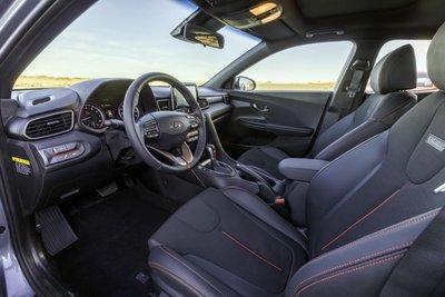 Hyundai Veloster 2020 nội thất