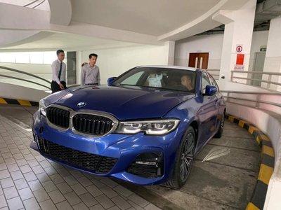 BMW 3-Series 2019 xuất hiện tại đại lý, khách sẵn sàng đặt thêm gói độ hàng trăm triệu a2