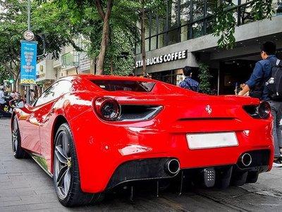 Ferrari 488 Spider có công suất 670 mã lực