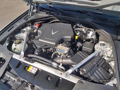 Chi tiết xe VinFast LUX A2.0, đối thủ của Toyota Camry tại Việt Nam a9