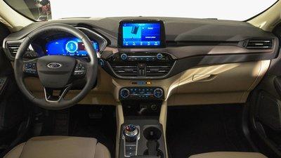 Ford Escape tái xuất thị trường Việt, đối đầu Mazda CX-5 và Honda CR-V a4