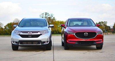 Mazda CX-5 thua Honda CR-V về doanh số, thắng về giá bán a1