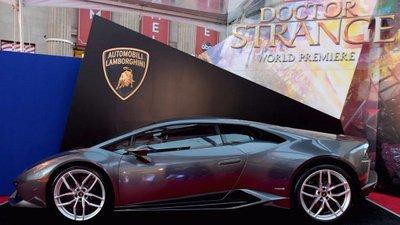"""Những mẫu xe ô tô trở thành """"người tình"""" màn bạc của các siêu anh hùng a9"""