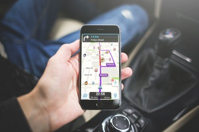 Ứng dụng nhắc nhở Waze