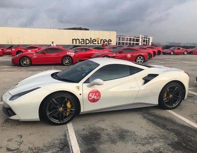 Dàn siêu xe Ferrari tập hợp ở Singapore 5