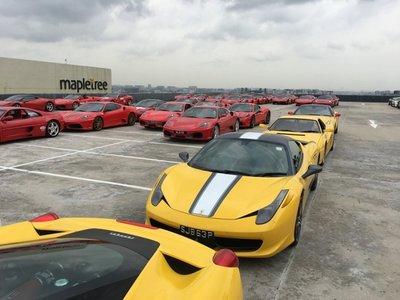 Dàn siêu xe Ferrari tập hợp ở Singapore 3