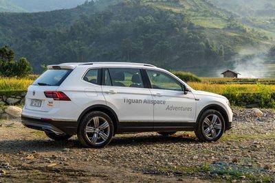 Nhập khẩu nguyên chiếc từ Đức, Volkswagen Tiguan Allspace 2019 mới có giá lăn bánh bao nhiêu?.